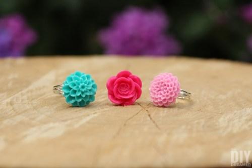 Christine - Flower Cabachon Rings