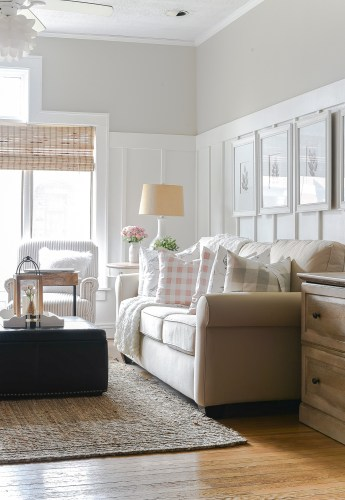 Linda - Living Room