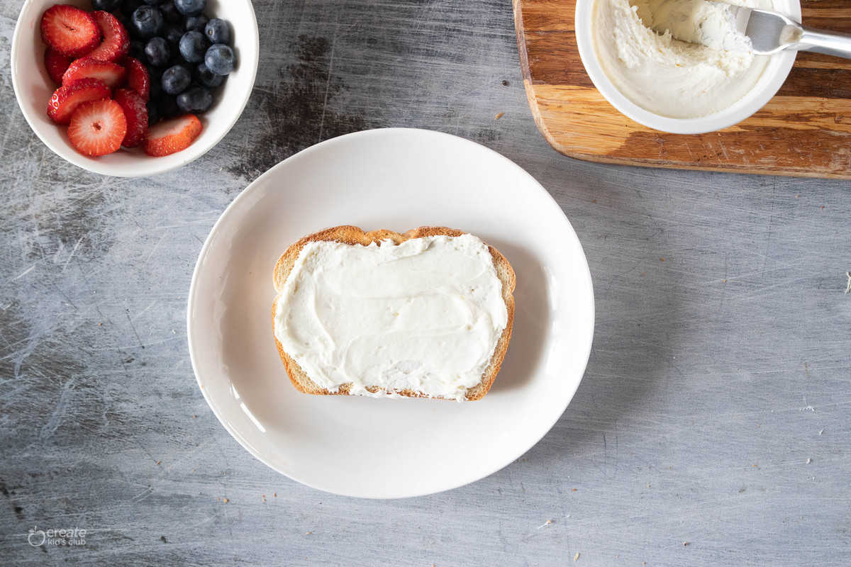whipped cream cheese spread on toast