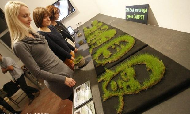 """Imprimer en <span class=""""caps"""">3D</span> avec de la terre et faire pousser des graines"""