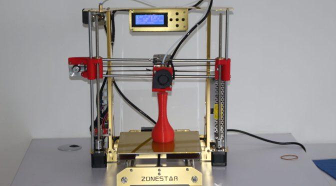 """Montage enfin terminé de mon imprimante <span class=""""caps"""">3D</span>: premier test"""