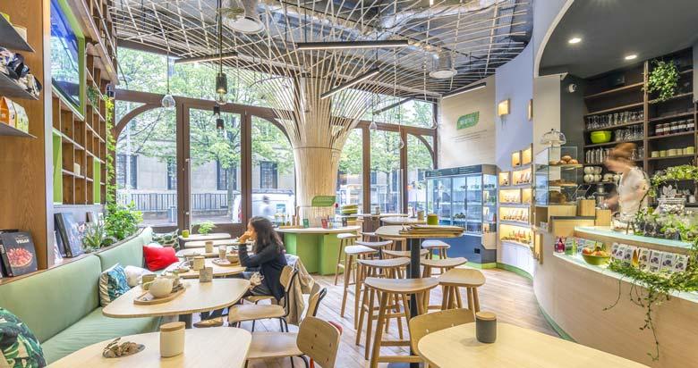 amenagement d un coffee shop par un architecte d interieur dans le cadre d