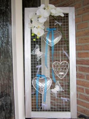 Versiering van voordeur bij mijn bruiloft - Creatief en Simpel - Ga naar onze site voor de uitgebreide uitleg en nog meer leuke ideeen
