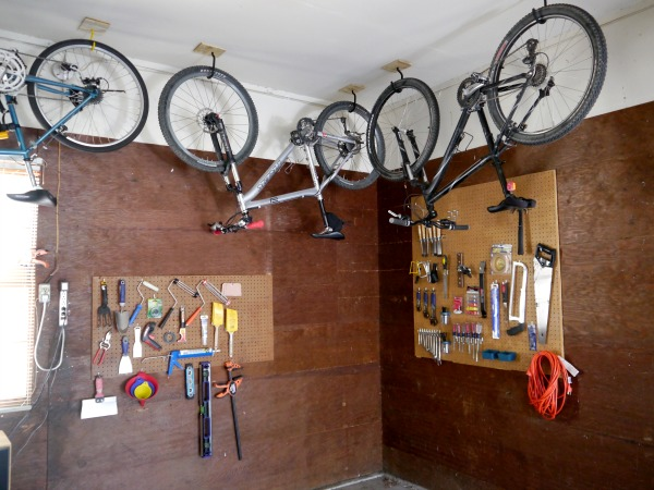 How to hang a bike from the ceiling  CRAFT