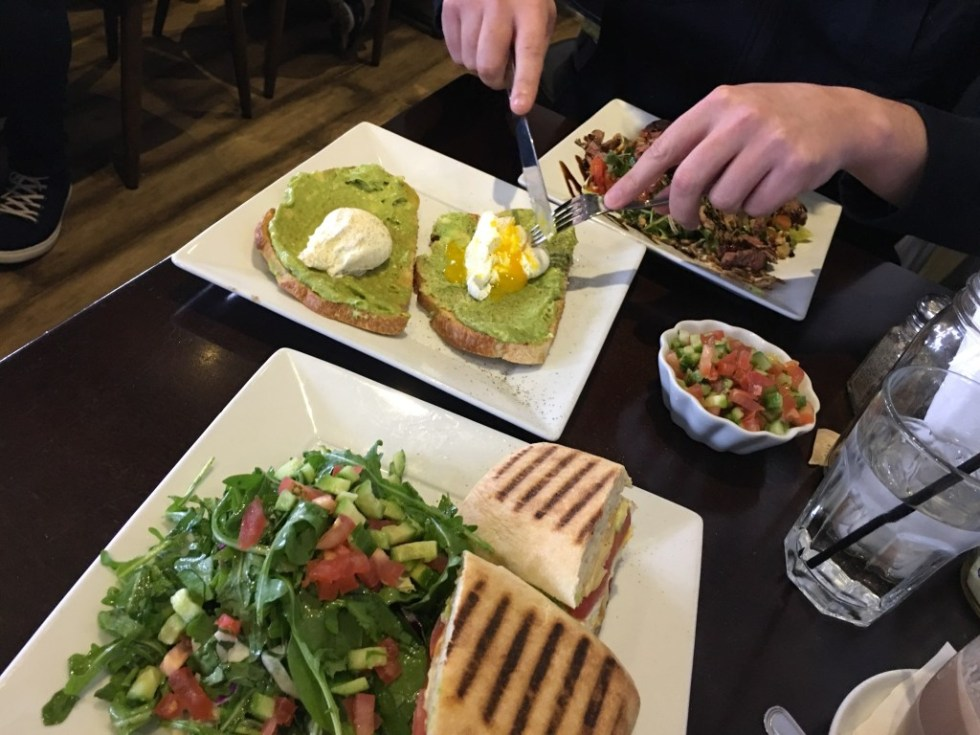 San Fernando Valley Blogger - Woodland Hills Brunch