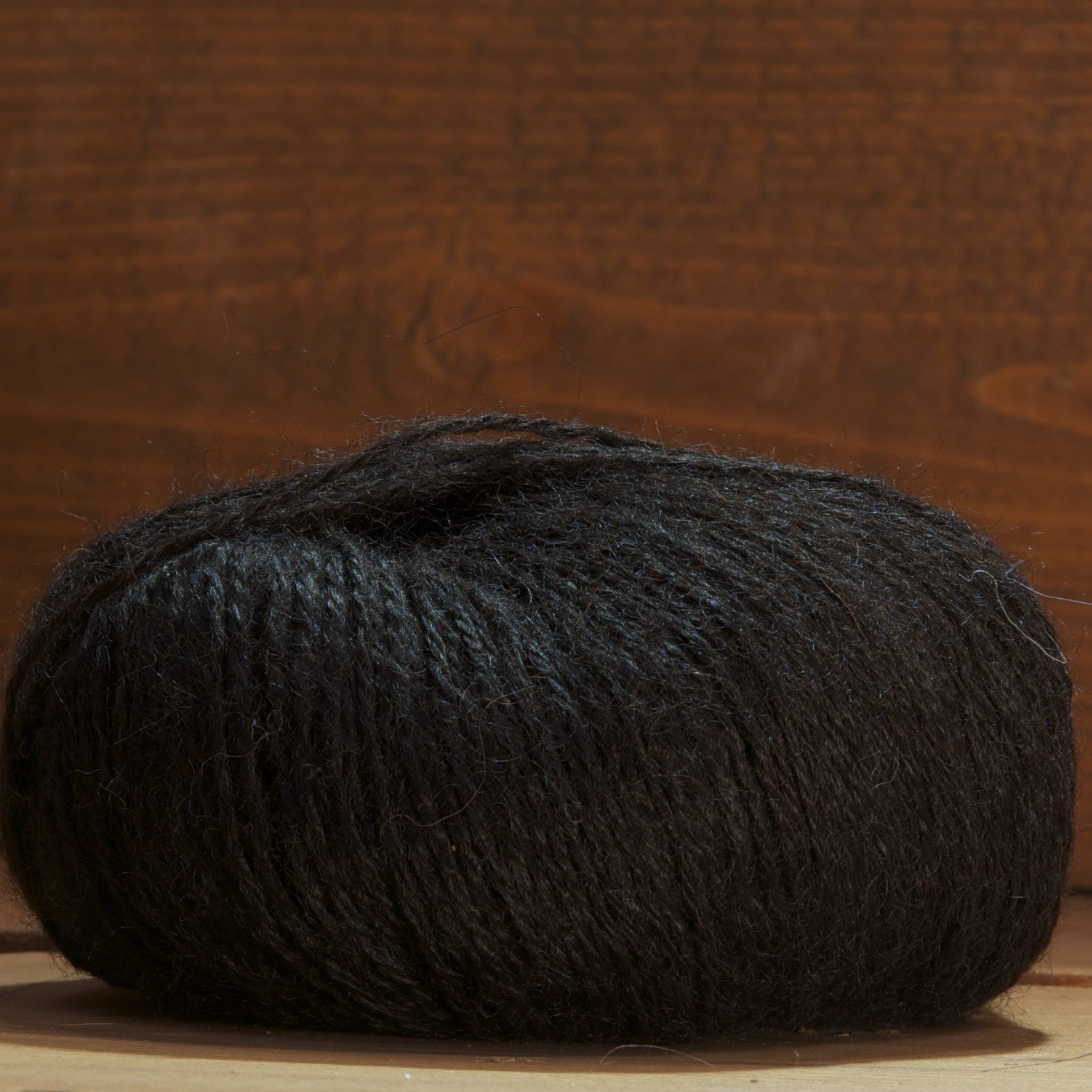laine d'alpaga noir