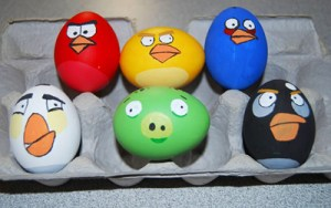 angry birds - 17 modalitati creative de a decora ouale de Paste