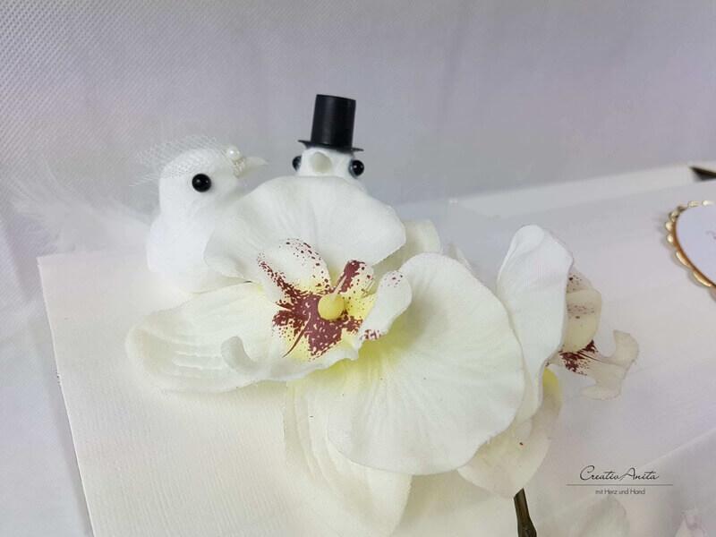 Briefbox mit edler Orchidee zur Hochzeit in Wunschfarbe