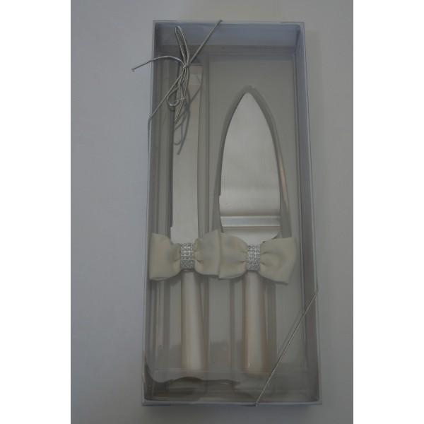 Couverts dcoupe gteau mariage ivoire  Autour du gteau  CreativeEmotions