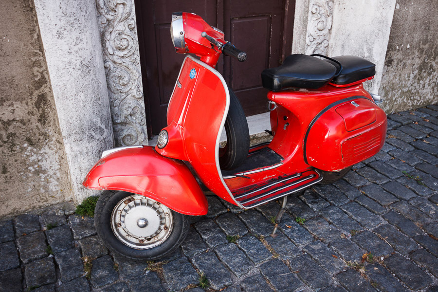 Photo of red Vespa taken in Colonia del Sacramento, Uruguay with Sigma wide-angle zoom lens