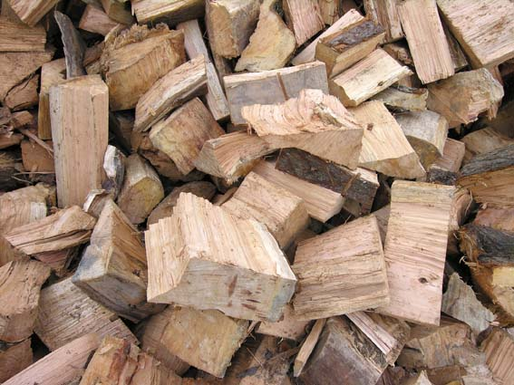 macrocarpa-wood-for-sale-np
