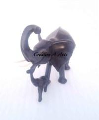 ElephantwithBabySmoothFront