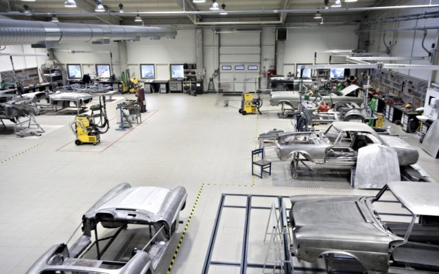 Car Restoration Business: How to Open and Grow Your Own Shop