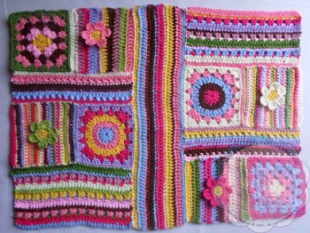 Scrapalicious Bag Part Three - A Free Crochet Along   Creative Crochet Workshop #ccwscrapaliciousbag #crochetalong #scrapsofyarn