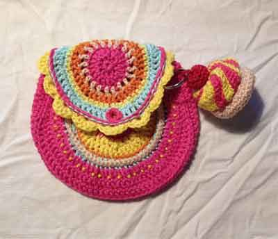 Girly Bags|SNICKERDOODLE SUNDAY FEATURE|CREATIVE CROCHET WORKSHOP