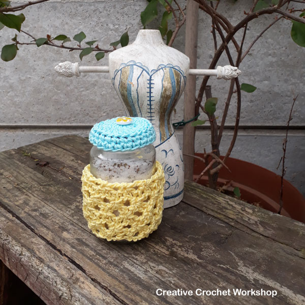 Lemon Spa Shells Bottle Cozy - Free Crochet Pattern | Creative Crochet Workshop @creativecrochetworkshop #crochet #freecrochetpattern #spacrochetgiftalong