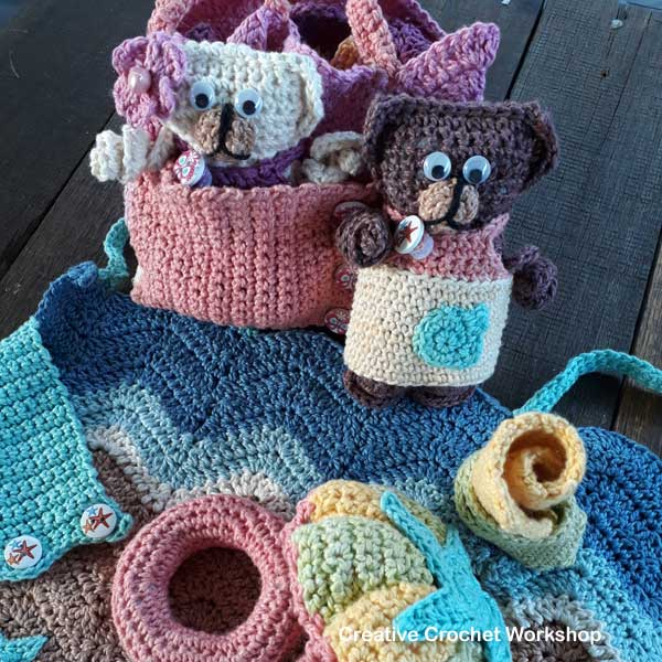Fold Up Teddy Crochet Play Sets | Free Crochet Along | Creative Crochet Workshop #crochet #crochetalong #crochetplay #ccwfoldupteddybag
