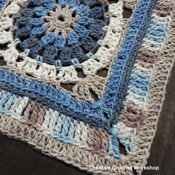 Varuna Afghan Square | Creative Crochet Workshop @creativecrochetworkshop #freecrochetpattern #grannysquare #afghansquare #crochetalong #ccwcrochetablock2018