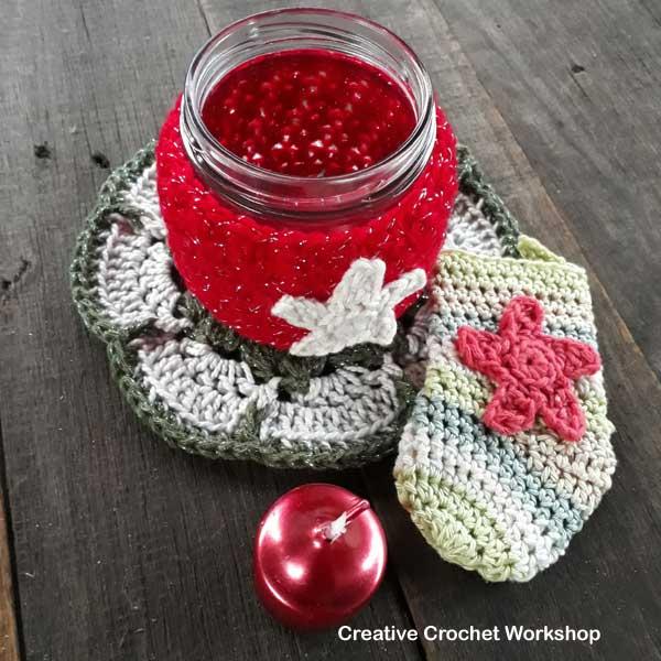Christmas Flower Doily - Free Crochet Pattern   Creative Crochet Workshop #2018ChristmasInJulyCAL