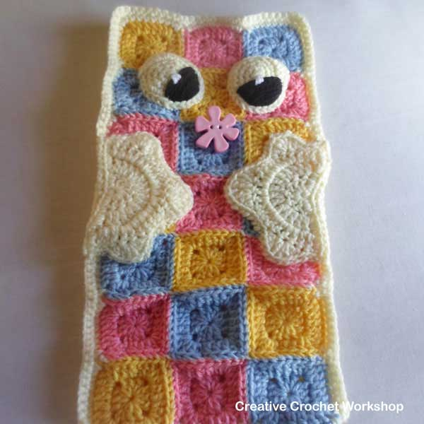 Owl Granny Square Pillow Buddy tutorial | Creative Crochet Workshop #freecrochetpattern #crochet @creativecrochetworkshop
