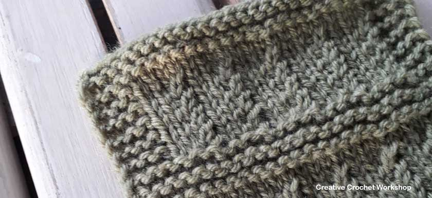 Ripple Rib Knit Square - Free Knitting Pattern   Creative Crochet Workshop #KALCorner