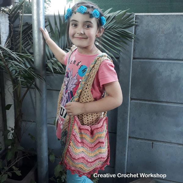 Revival Hippy Purse | Creative Crochet Workshop #freecrochetpattern #crochet #ccwrevivalhippiepurse