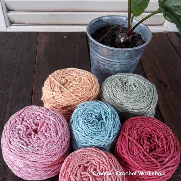 Hippie Purse - colorway suggestions - MY COLORS MOYA YARN | Creative Crochet Workshop #freecrochetpattern #crochet