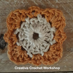 Framed Filet 4 Point Cross Square - Free Crochet Pattern | Creative Crochet Workshop @creativecrochetworkshop #freecrochetpattern #grannysquare #afghansquare #crochetalong #ccwcrochetablock2019