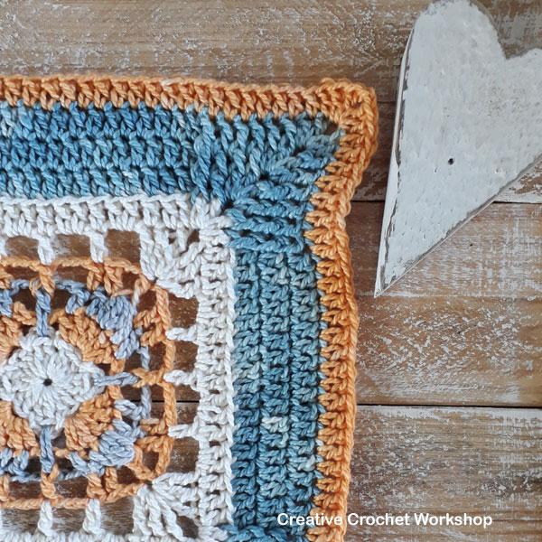 Framed 4 Cluster Corner Square - Free Crochet Pattern | Creative Crochet Workshop @creativecrochetworkshop #freecrochetpattern #grannysquare #afghansquare #crochetalong #ccwcrochetablock2019