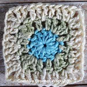 Mini Square It Square - Free Crochet Pattern | Creative Crochet Workshop @creativecrochetworkshop #freecrochetpattern #grannysquare #afghansquare #crochetalong #ccwscrapsrificrainbowblanket