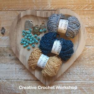 Boho Chic Bracelet - Free Crochet Pattern   Creative Crochet Workshop @creativecrochetworkshop #freecrochetpattern #crochetdecor #bohocrochet #bohemian #crochet