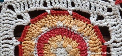 Ayla Crochet Square - Free Crochet Pattern | Creative Crochet Workshop @creativecrochetworkshop #freecrochetpattern #grannysquare #afghansquare #crochetalong #ccwcassiopeiathrow