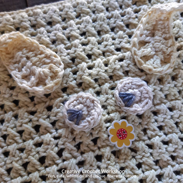 Cute Crochet Bunny Washcloths - Free Crochet Pattern | Creative Crochet Workshop #freecrochetpattern #crochet #crochetbasket #crochetbunny #eastercrochet @creativecrochetworkshop