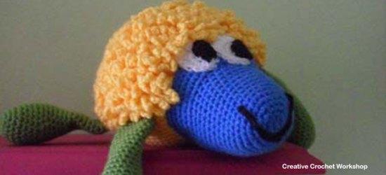 Annie Crochet Sheep Pal - Free Crochet Pattern | Creative Crochet Workshop #freecrochetpattern #crochet #crochetdoll #farmanimal #crochetsheep #crochetfarm #crochetsoftie #plushdoll @creativecrochetworkshop