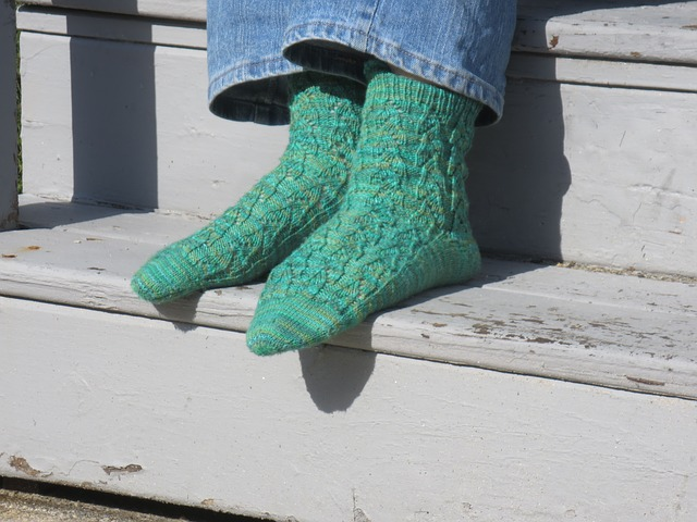 Wearing Green Socks might make you Heal Faster?