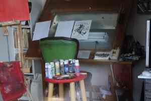 studio spaces : an image of an artist's work space