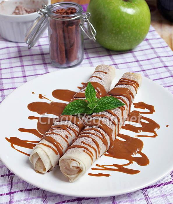 Rollitos de tarta de manzana con salsa de speculoos