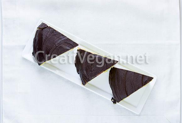 Cuñas de chocolate y crema, veganas