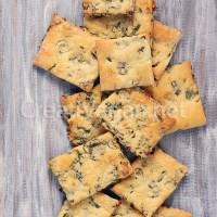 Crackers de cebolla de primavera