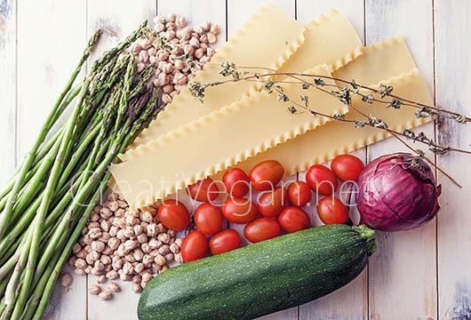 Ingredientes para hacer lasaña vegana de garbanzos y verduras