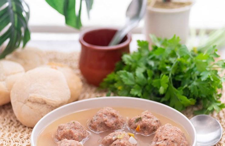 Norfolk dumplings en sopa de verduras