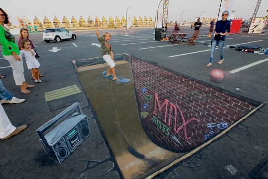 b70a643f17802b14513ae29fa9c06a9f 55+ Amazing 3D Street Art Guerrilla Marketing Examples Guerilla Marketing Example