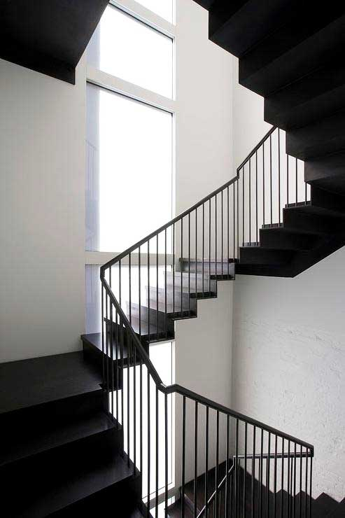 Black white stair decoration ideas