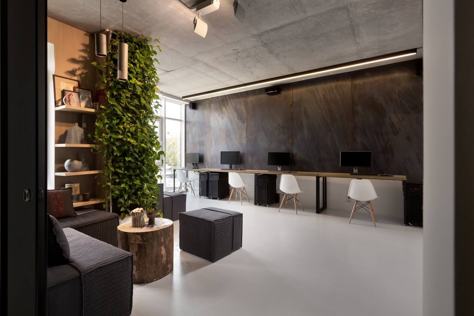 Minimal Miracle This EcoMinimalist Office Showcases