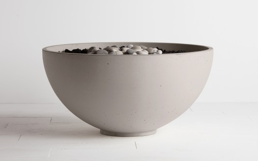 Traditional modern fire bowl. The serenade is a favorite by the industry professionals.