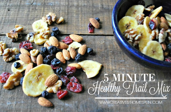5 Minute Healthy Trail Mix