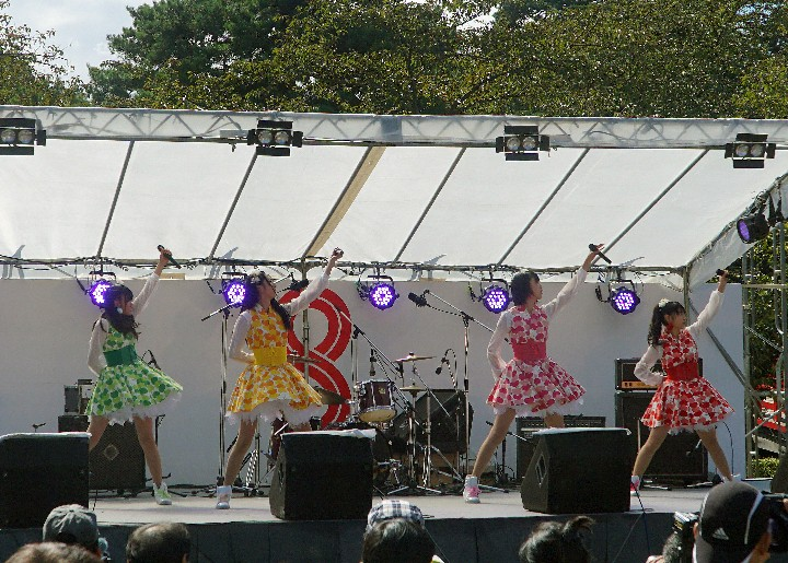 hirosaki_music_ringo_musume-live_720x720