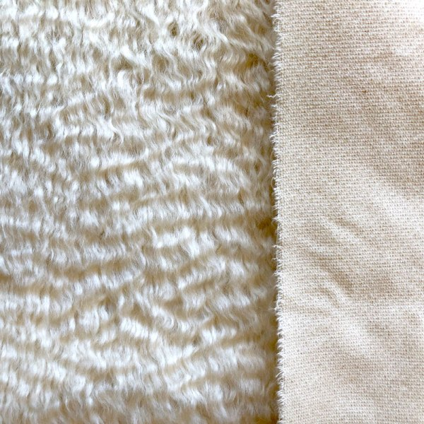 25mm White Wavy Mohair for Teddy Bears Schulte Germany