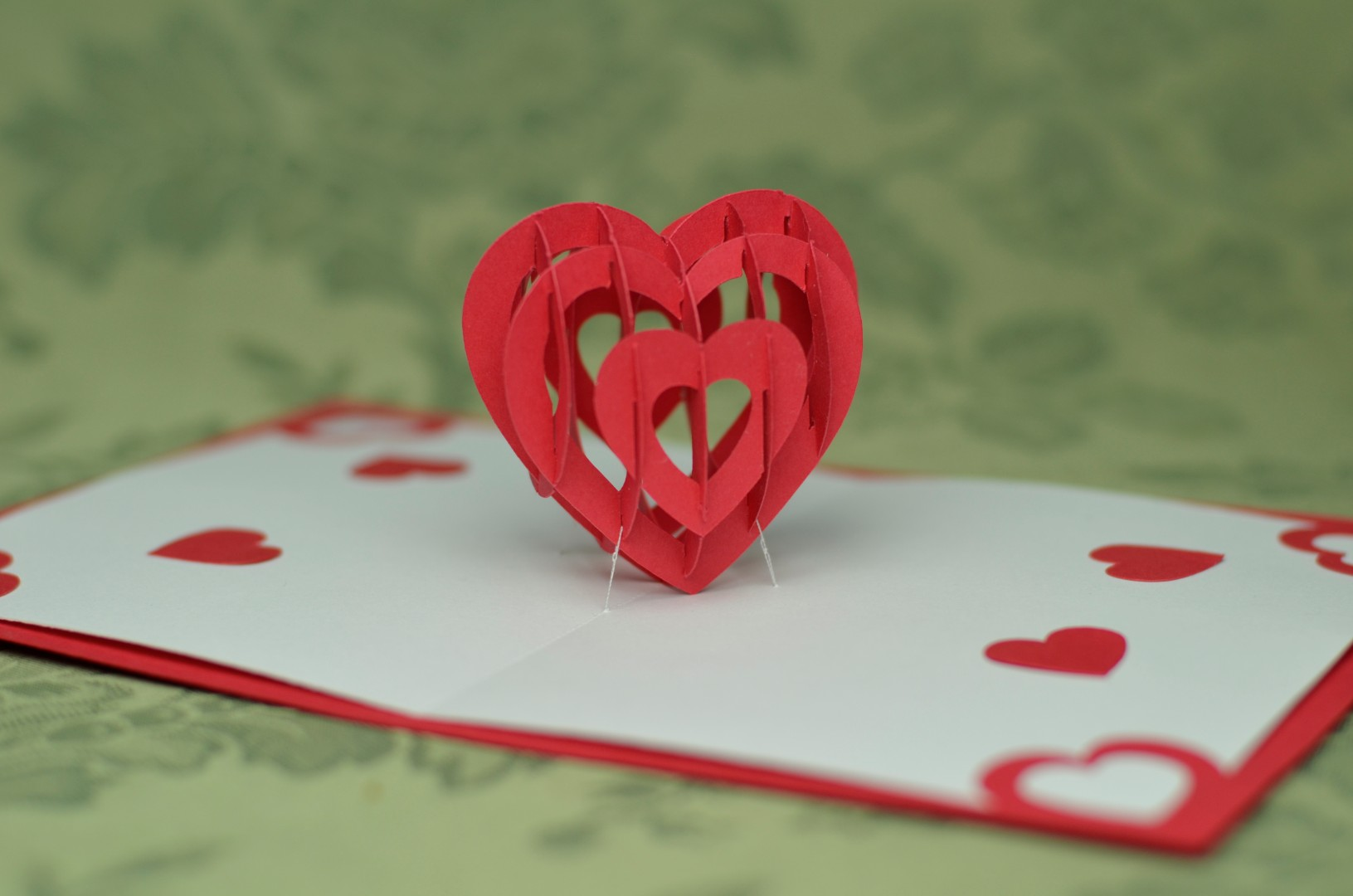 3d heart pop up