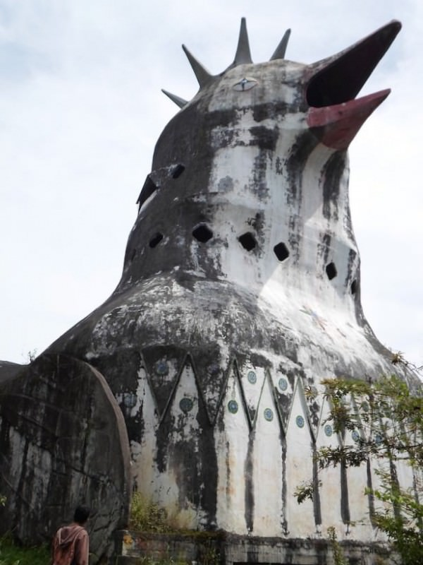 Duckshaped Abandoned Church  Gift Ideas  Creative Spotting